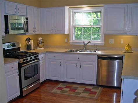 Cheap Kitchen Ideas For Small Kitchens Small Kitchen Decorating Ideas Deductour