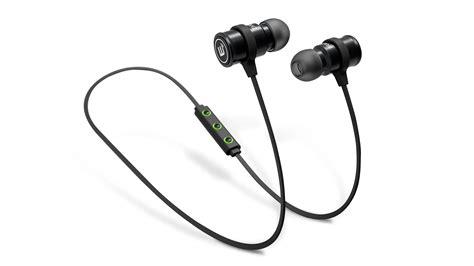 best on ear earphones best bluetooth headphones 2018 the best wireless in ear
