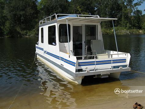 chicago boat rental without captain rent a catamaran cruiser 8x30 lil hobo deluxe in