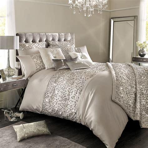 Premium Bedding Sprei 2 buy minogue at home helene duvet cover king amara