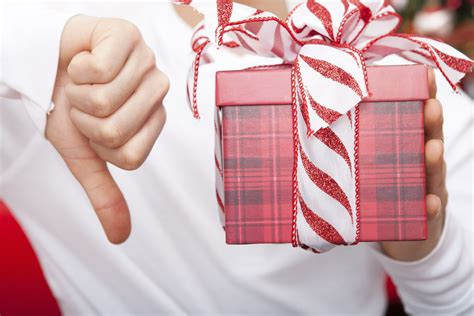 8 Gifts To Buy Other Peoples by What Not To Buy When Giving Gifts In China