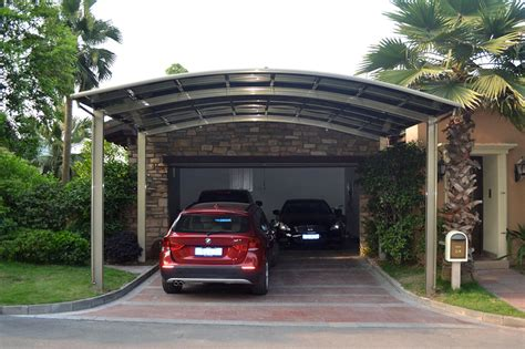 carport with apartment above