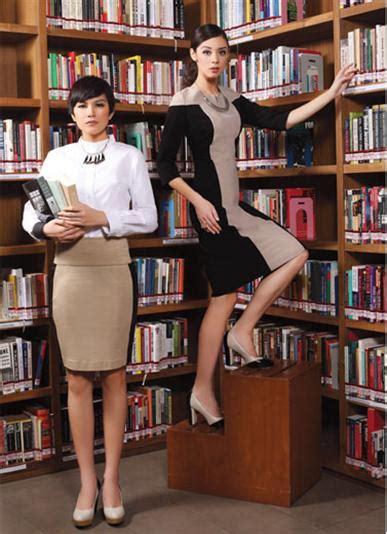 Keren Sepatu Lv Replika Simple Baru Sepatu Wedges Wanita Murah keren ke kantor