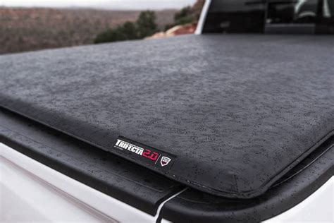 trifecta bed cover toyota tacoma 5 bed 2016 2018 extang trifecta 2 0 tonneau