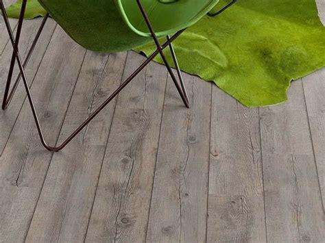 pavimento in pvc autoadesivo stratificato pavimento autoadesivo