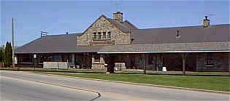 the railroad stations and depots in waukesha county