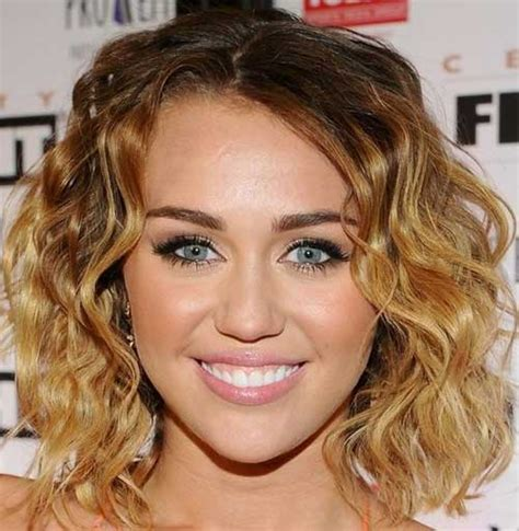 hot short haircuts for curly hair short haircuts for wavy hair short hairstyles 2017