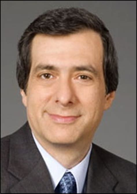 Howard Basks In Imuss Shame by Howard Kurtz Thinks Olberman And Hannity Are The Same