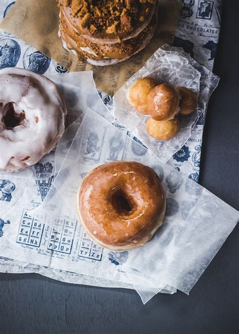 how to make doughnuts with video and coffee biscoff bacon doughnuts izy hossack top with