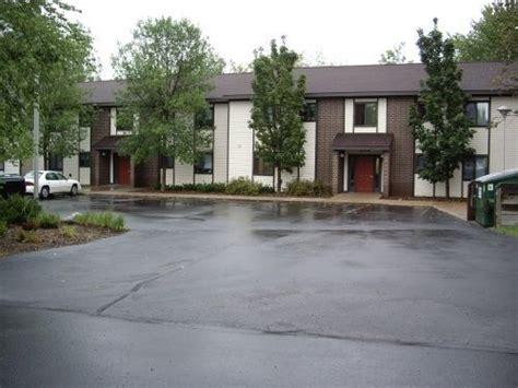 one bedroom apartments marquette mi whetstone village apartments 200 whetstone rd marquette