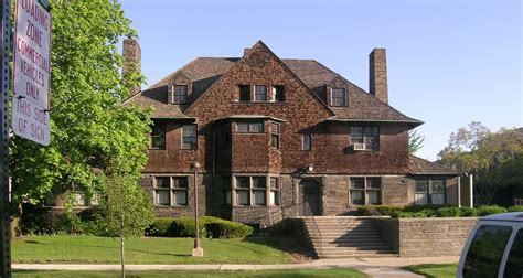 charles house shingle style architecture