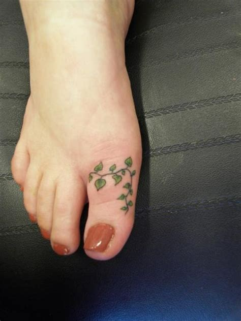 toe tattoo designs 64 best toe tattoos collection