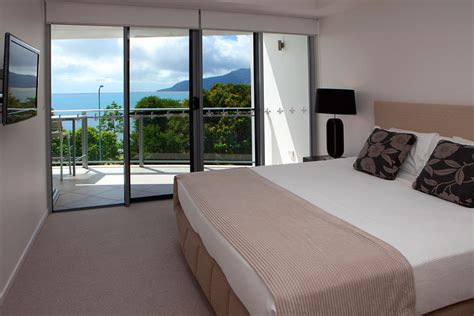 3 bedroom apartments cairns cairns accommodation self contained esplanade luxury