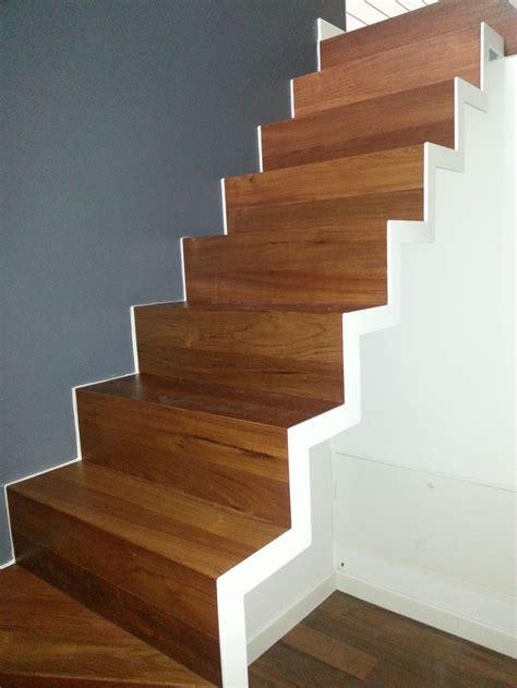 rivestimenti legno rivestimento in legno per gradini soriano pavimenti in legno