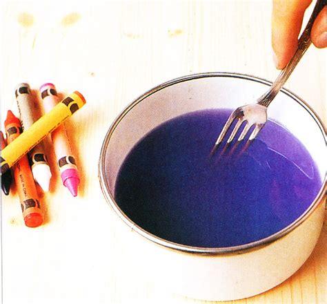 candele di cera candele cera colorare con pastelli a cera blogmamma it