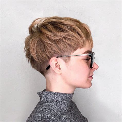 pixie and short crops 1980s 1990s hair styles 1980s pixie cut 70 cute and easy to style short layered