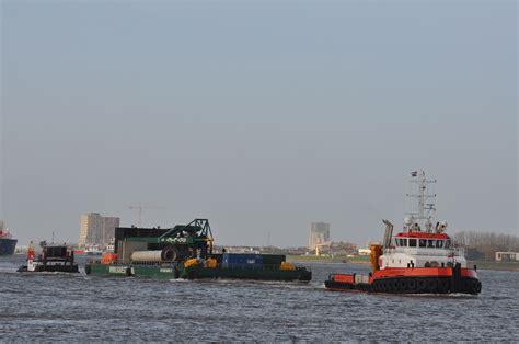 sleepboot lingestroom union princess lingestroom met skyline barge 21