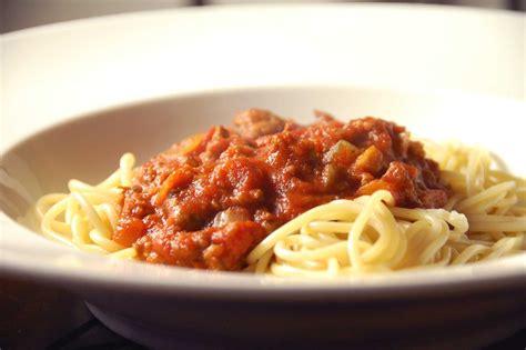 pasta recipes meat ragu recipe an easy red meat pasta sauce recipe