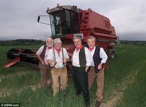 Christmas Party Song - the wurzels release wind farm protest song daily mail online