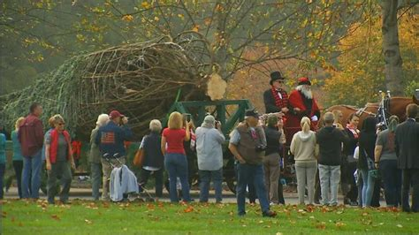 biltmore house s 35 foot christmas tree goes up november 1