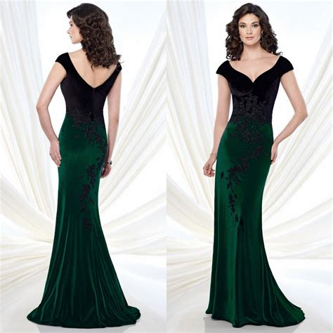Velvet Lace Embellished Mother Gown 2015 Appliques With Cape Sleeves Emerald Green And Black