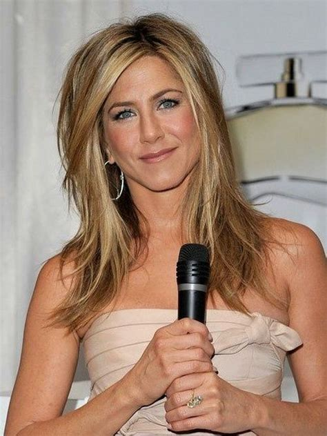 aniston s hair color 1000 ideas about aniston hair color on