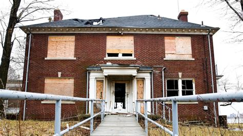 what makes a house condemned buying a condemned house the risks and rewards realtor com 174