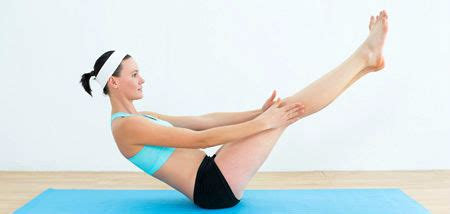 boat pose on belly 5 yoga poses to reduce stubborn belly fat fast