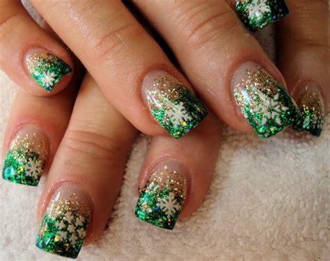 christmas pattern nail st more christmas nail art designs cr3ativeinspiration