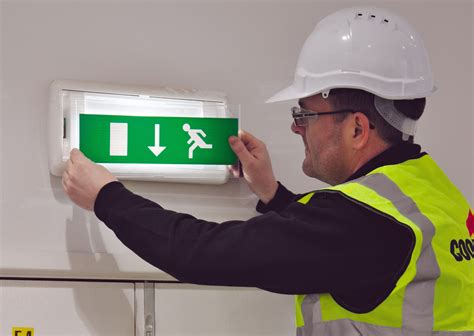 Lu Emergency Bulb emergency lighting 10 things to get you out of trouble