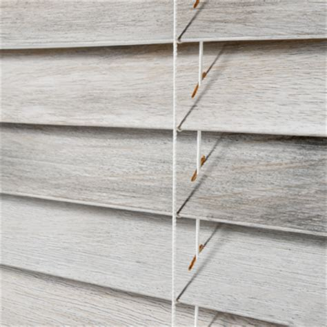 Rustic Wood Blinds Wood Blinds And Faux Wood What S The Difference