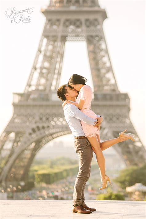 photography lovers l amour de paris romantic parisian portraits in the