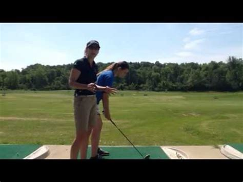 connected golf swing keep your elbows connected in your golf swing youtube