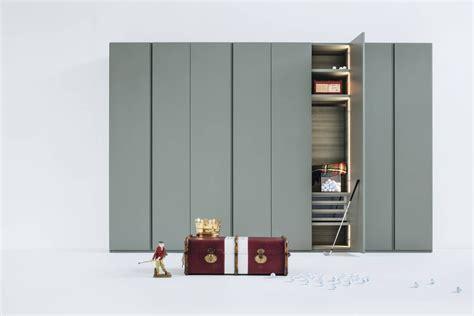 armadio al centimetro armadi al centimetro armadio elegante scorrevole in legno