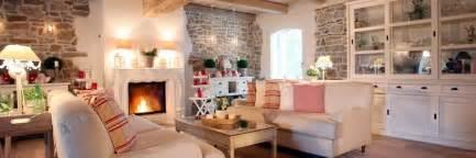 Landhausstil Wohnzimmer Rosa Wohnzimmer Und Kamin Wohnen Im Landhausstil Wohnzimmer