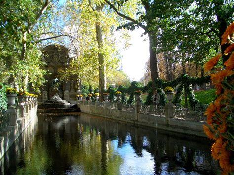 file fontaine m 233 dicis du jardin du luxembourg jpg