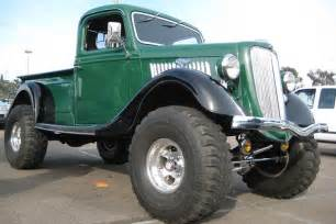 truckin awesome 50 photos of cool trucks ford trucks