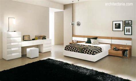 desain kamar mandi dan ruang ganti memaksimalkan fungsi ruang dengan pemanfaatan ruang kosong