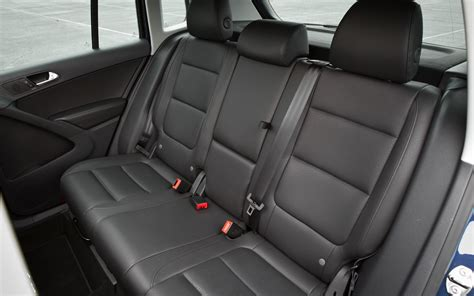 Back Seat by 2012 Volkswagen Tiguan Back Seat Photo 7