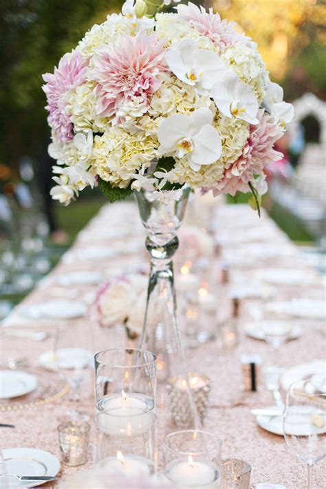 decorating your outdoor wedding and reception with flowers