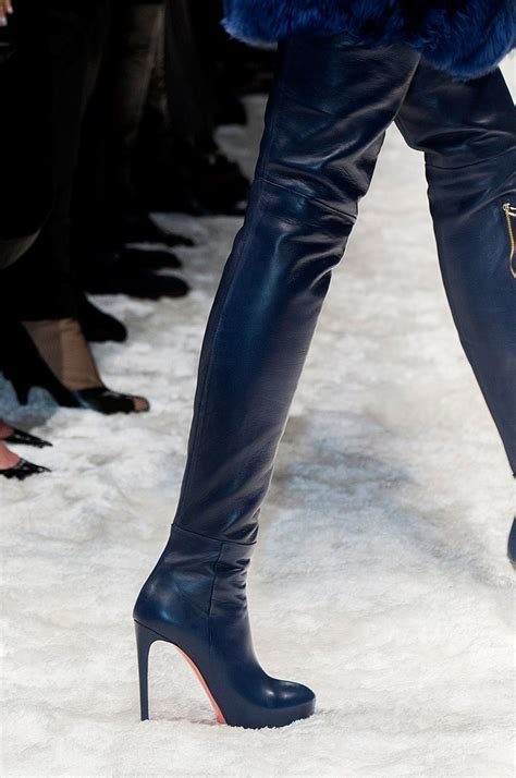 how to wear thigh high boots 2018 fashiongum