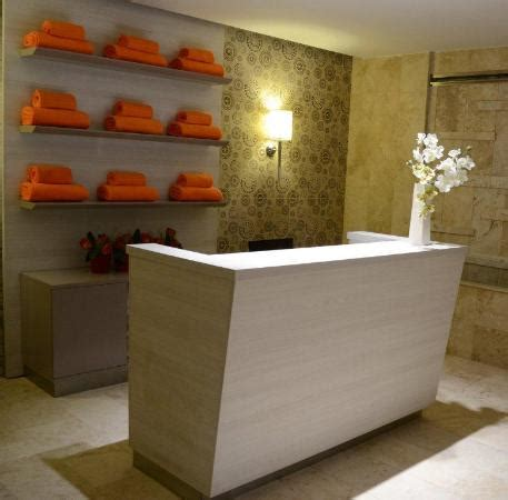 lada manicure recepci 243 n spa picture of m a c royal suites hotel