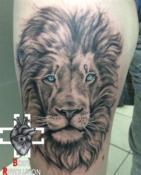 tattoo blanc quebec couleur blanc et noir