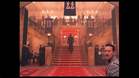 the grand budapest hotel dvd amazon co uk ralph review grand budapest hotel the us bd ra dvdactive