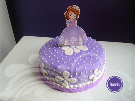 decoracion del bizcocho de sofia de first tienda de dulces torta y golosinas personalizadas