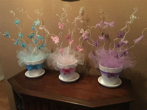 baby shower table centerpiece ideas 25 best ideas about butterfly centerpieces on