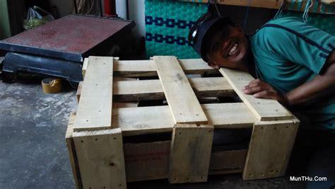 Packing Kayu Paking Kayu Untuk Barang Pecah Belah Besar Dan Banyak pengemasan packing produk kerajinan pahat batu sebelum pengiriman munthu
