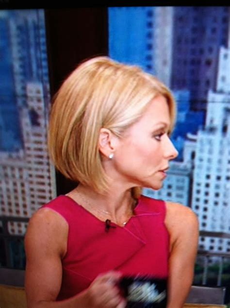 kelly rippa short wavy bob kelly ripa s new short hair hair pinterest kelly