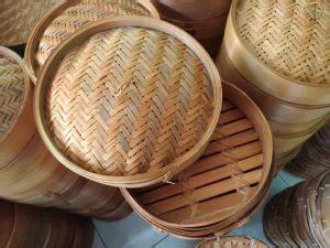 wahyu kerajinan bambu dibalik perjuangan pengepul