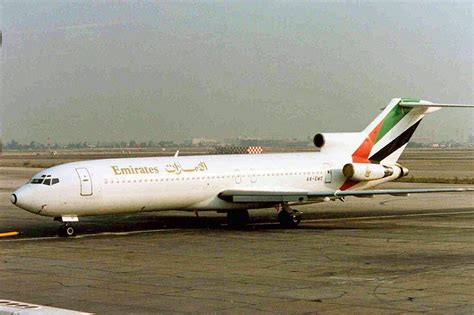 emirates airlines wikipedia emirates airline howlingpixel